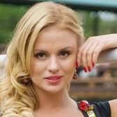 Анна семенович опублікувала знімок без макіяжу