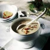 Грибний суп з сиром