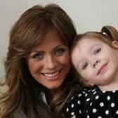 Юлія Началова заспівала зі своєю семирічною донькою