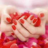 Як надати форму нігтям в домашніх умовах?