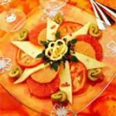 Салат з грейпфрутом і сиром