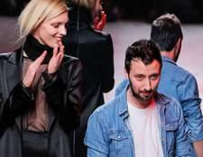 Ентоні вакарелло призначений креативним директором лінії versus versace