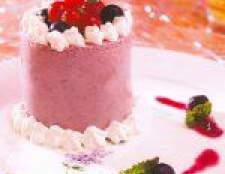 Йогуртовий торт з чорницею