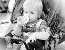 Як відучити дитину від пляшечки?