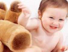 Розвиток дитини 11 місяців