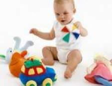 Розвиток дитини в 8 місяців