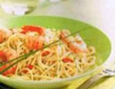 Спагетті з креветками по-креольски