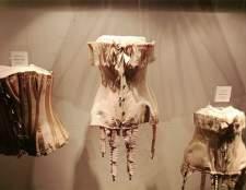 В ГУМі відкрилася виставка французького нижньої білизни