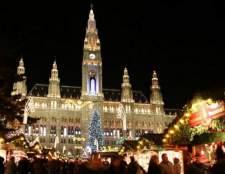 Вибираємо, куди поїхати на різдво в європі або росії
