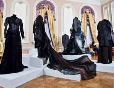 Виставка театральних костюмів від іменитих кутюр'є в Петербурзі